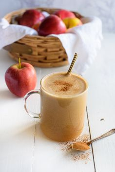 We're nearing the end of Fall and closing in on holiday festivities. What better way to celebrate to your health, than by keeping things simple and pure—with my Apple...