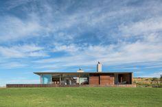 Mahia Peninsula House - Godward Guthrie Architects