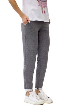 Relaxed jogging pants in dark grey color #achers#pants#jogging#relaxed#grey#greypants#joggingpants#casualpants#relaxedpants