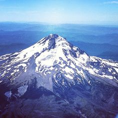 Flying in to PDX, here's Mount Hood. #oregon #instagood #nature #mountain #vacation