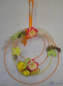 Jarní dekorace věneček z pediku pr. 23 cm s aranžmá - Umělé květiny, vánoční ozdoby, dekorace, svíčky