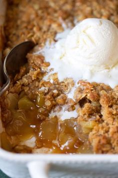 One of my favorite desserts and always a hit wherever I take it! Made with a juicy fresh apple filling and a deliciously crisp, buttery oat topping. Finish it with vanilla ice cream for the ultimate dessert! # best Desserts BEST EVER APPLE CRISP Apple Crisp Easy, Apple Crisp Recipes, Apple Crumble Recipe, Apple Crisp With Oats, Best Apple Crisp Ever, Green Apple Recipes, Best Apple Crisp Recipe, Apple Fritter Recipes, Apple Pie Recipe Easy