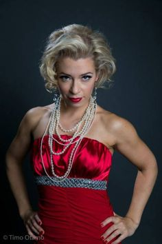 Marilyn style photoshoot. Makeup: Marja Nikkola Photo: Timo Otamo model: Tiina