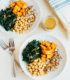I don't know about you, but cold, gray weekdays don't exactly have me craving desk salads and cold sandwiches at lunchtime. The light, refreshing lunches I go for in the summer just aren't as …