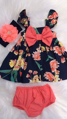 Fashion Kids Girl Dress Sew 44 Super Ideas - Baby Girl Dress - Ideas of Baby Girl Dress Baby Outfits, Little Girl Outfits, Little Girl Fashion, Baby Girl Dresses, Kids Outfits, Kids Fashion, Womens Fashion, Usa Baby, Baby Baby