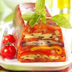 A servir en entrée ou bien accompagnées d'une salade à l'occasion d'un dîner léger, nos terrines vont nous accompagner tout l'été.