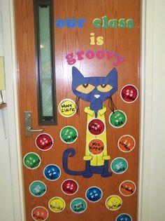 Pete the Cat door Kindergarten Classroom Door, Toddler Classroom, New Classroom, Classroom Crafts, Classroom Themes, Cute Bulletin Boards, Back To School Bulletin Boards, Preschool Bulletin Boards, Toddler Learning Activities