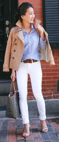 Nov 2016 - smarter style white jeans button up shirt camel trench Jean Wang! sophisticated yet flirty perfect for work or leisure wear! Jeans: Articles of Society Jeans, Shirt/Jacket: Banana Republic. Summer Work Outfits, Spring Outfits, White Jeans Outfit Summer, Summer Work Fashion, Summer Denim, Mode Outfits, Casual Outfits, Denim Outfits, Jean Shirt Outfits