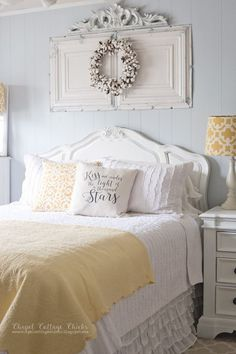 Vintage Bedroom Yellow Pops in this Vintage Modern Bedroom - Rustic chic bedroom decor and design ideas for a vintage yet modern makeover. Find the best designs for your home and transform your bedroom! Urban Chic Bedrooms, Shabby Chic Bedrooms, Modern Bedroom, Shabby Chic Yellow Bedroom, Contemporary Bedroom, Shabby Chic Guest Room, Asian Bedroom, Bedroom Vintage, Farmhouse Master Bedroom