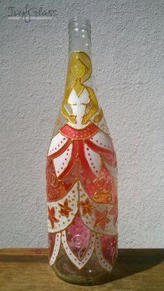 Ręcznie malowana szklana butelka - Księżniczka