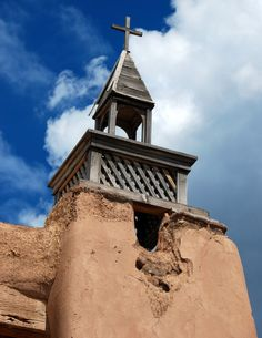 From adobe to Gothic architecture, these New Mexican churches will fill you with awe.