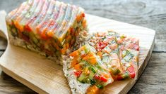 Aspic is savory gelatin made from consomme or clarified stock. It's used to help preserve foods. Quick Vegetarian Meals, Vintage Cooking, Fresh Rolls, Deli, A Food, Vegan Recipes, Appetizers, Snacks, Breakfast