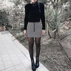 Score this outfit  @icokirihara • • • #grunge #palegrunge #softgrunge #darkgrunge #girl #tumblrgirl #grungegirl #tumblr #black #fashion…