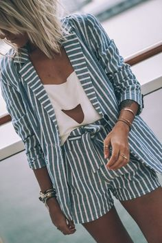 Striped short | How to wear short | Summer Streetstyle | Outfit ideas