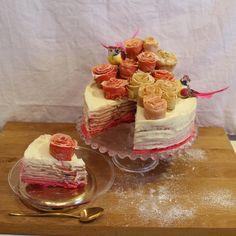 J'avais envie d'une recette originale pour fêter la Chandeleur ! Je vous apprends à réaliser mon gâteau de crêpes : le Mille crêpes. Pas de doute, vous allez surprendre vos invités !