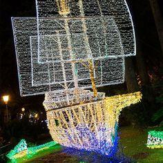 Nave pirata in avvicinamento! http://ift.tt/1MUFMgo #lucidartista #lucidartistasalerno #lucisalerno #love #natale #christmaslights #lucidinatale #streetphotography #christmasdecor #luminarias #streetart #salernocity #salerno #light #ilgiardinoincantato #urbanart #lights #instachristmas #instalights #salernolights #salernobynight #christmastime #luminarie #streetlight #me #nataleasalerno #pinocchio #instalove #fashion #paesaggisalernitani