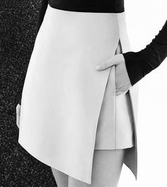 clickbytaste: clickbytaste: via fashionwolf and brunchatbergdorfs: Details at Dion Lee Resort 2015