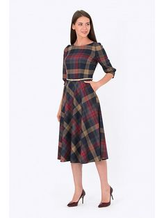 Forever in Style - Beauty and Fashion through the centuries Modest Outfits, Modest Fashion, Dress Outfits, Casual Dresses, Fashion Outfits, Womens Fashion, Tartan Fashion, Check Dress, Christmas Fashion