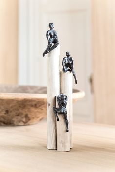 """""""Path of Dreams"""": bronzen beeld van de Vlaamse kunstenares Jacques Vanroose."""