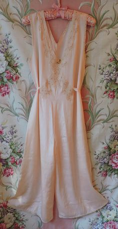 1897d4fc7c8 20s Pajamas - Silk Palazzo Jumpsuit - Silk Ribbon Rose - Lace Bodice   Trim  - Flapper Lingerie Culottes - Excellent Condition - Larger Size