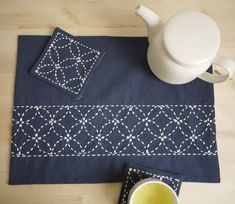 Find free sashiko patterns projects and resources as you learn more about this elegant form of Japanese folk embroidery.