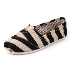 Black Round Toe Flat Striped Print Casual Shoes