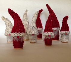 Woodland Elves, free pattern from Knitionary. Uses wood spools and easy knitted hat pattern.
