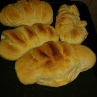 Pan casero facil Bread, Food, Bread Recipes, Kitchen Stove, Beverages, Homemade, Food Items, Essen, Breads
