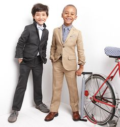Little boys + suits = adorable! Fashion Kids, Little Boy Fashion, Guy Fashion, Winter Fashion, Boys Suits, Stylish Kids, Kid Styles, Swagg, Toddler Boys