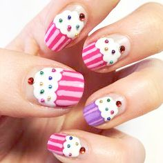 See more about cupcake nail art, cupcake nails and nail arts. Get Nails, Fancy Nails, Love Nails, Pretty Nails, Hair And Nails, Nail Art Designs, Fingernail Designs, Nail Art Cupcake, Caviar Nails