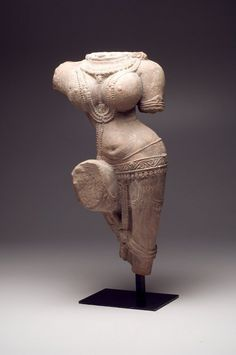 Large sandstone torso, high relief carving of Yakshi, Madhya Pradesh or Rajasthan, the goddess of nature. Provenance: Private NYC collection, ex. Massachusetts collection, acquired 1970s. Ex- Arte Primitivo Auctions NY, NY. Estimate $12,000 – $15,000. Photo Scottsdale Auctions & Appraisals