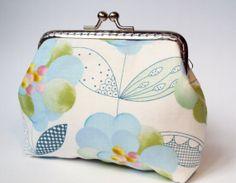 Blossom purse by Tresgats on Etsy, $13.00