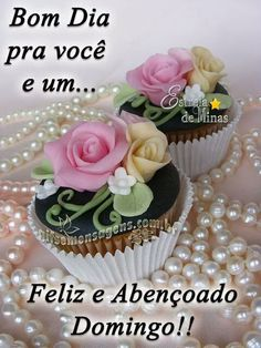 Funny Good Morning Messages, Good Morning Gif, Portuguese Quotes, Floral Wedding Invitations, No One Loves Me, Sunday, Desserts, Facebook, Glitter