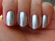 Ginger + Liz Colour Collection Polish in Tuck Me In