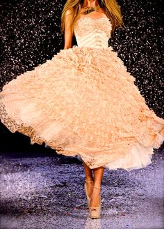 Gorgeous Betsey Johnson gown