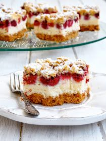 Bake & Taste: Crisp pastry with raspberries and foam pudding Pudding Desserts, Cookie Desserts, Fun Desserts, Cookie Recipes, Delicious Desserts, Dessert Recipes, Polish Desserts, Polish Recipes, Pumpkin Cheesecake