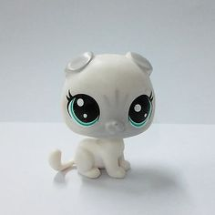 Littlest Pet Shop LPS Gray & White Dog with Blue Eyes LPS Kid Toy