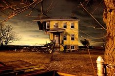 <strong>Union beach, New Jersey, US: <em>Ghosts of Hurricane Sandy</em> by Aristide Economopoulos</strong>