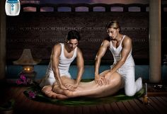 Rowenta Spa For Your Feet - If there is one human extremity that deserves special attention, it is the foot; the Rowenta Spa For Your Feet ad campaign shows one way that peopl. Funny Advertising, Funny Ads, Advertising Poster, Advertising Agency, Ads Creative, Creative Advertising, Creative Director, Spa Massage, Foot Massage