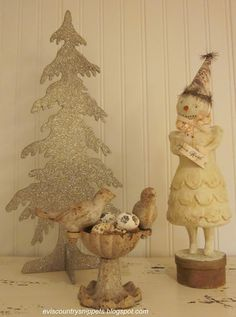 I so love the shape of the glittered tree  from Evi's Country Snippets