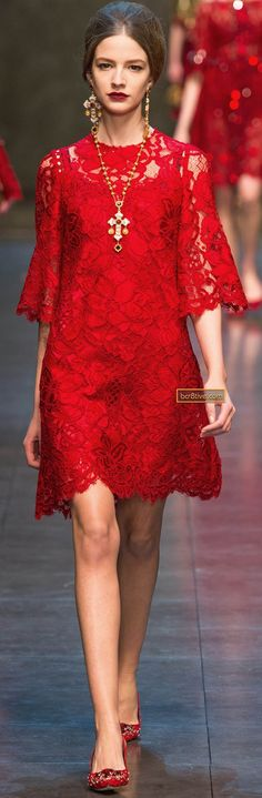 Dolce & Gabbana Fall 2013 RTW - Runway Photos - Fashion Week - Runway, Fashion Shows and Collections - Vogue Red Fashion, Look Fashion, Runway Fashion, High Fashion, Fashion Show, Womens Fashion, Milan Fashion, Dress Skirt, Lace Dress