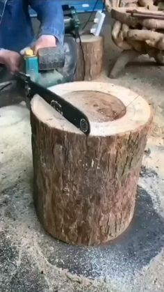 Woodworking Techniques, Woodworking Projects Diy, Woodworking Shop, Woodworking Plans, Welding Projects, Log Furniture, Furniture Projects, Small Wood Projects, Log Projects