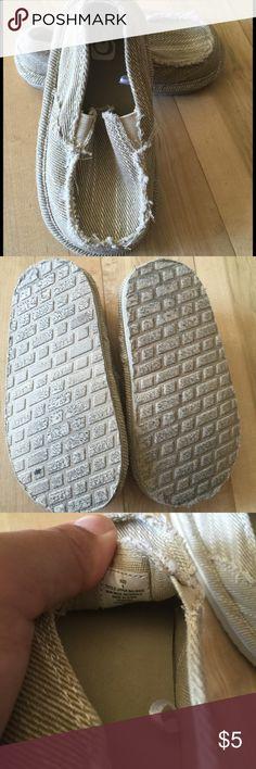 Children's Place slip-on shoes size 6 toddler Khaki Children's Place shoes size 6 Children's Place Shoes Sandals & Flip Flops