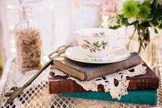 Shabby chic tea party     The Frosted Petticoat Blog