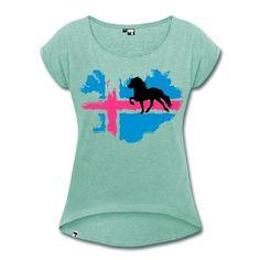 Lockeres T-Shirt mit gerollten Ärmeln und großem Flaggenprint plus Tölter.Auf der Rückseite befindet sich das Herr Pferd Logo.Die NEON-Version mit hellblau und neonpink.