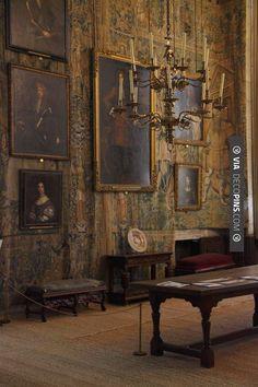 English Interior, Classic Interior, Home Interior Design, Interior And Exterior, Interior Decorating, Modern Interior, Modern House Design, Beautiful Interiors, Victorian Interiors