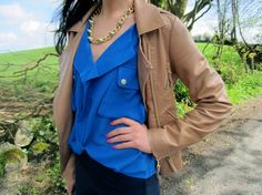 Hey guys, I hope you all had a great weekend. Style Blog, My Style, Blouse Styles, Blue Blouse, Rain Jacket, Windbreaker, Leather Jacket, Guys, Jackets
