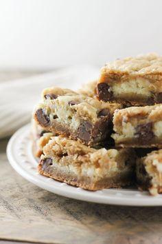 Chocolate Chip Cookie Cheesecake Bars-2