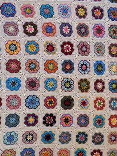 African Flower Square Blanket 2018 Crochet Afghans, Crochet Patterns, Crochet African Flowers, Square Blanket, Instagram Posts, Blog, Crochet Pattern, Baby Afghans, Blogging