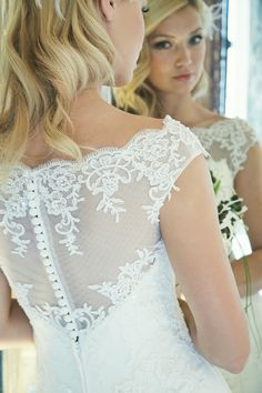 Sposa Toscana Von Studio Fee Lace Wedding, Wedding Dresses, Fairytale, Fashion, Wedding Dress, Bridal Gown, Curve Dresses, Nice Asses, Bride Gowns